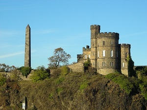single reisen nach schottland zum calton hill